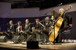 Ukulele Orchestra of Great Britain, Birmingham TH 28-6-12